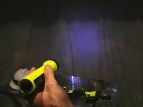 Pelican Flashlights: Recoil Technology