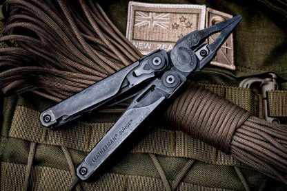 Leatherman Surge BLACK with Molle Pouch-12386